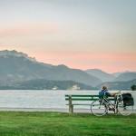 Le lac d'Annecy et le massif des Bornes depuis le Pâquier